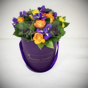 """Цветы """"Шик"""" в шляпной коробке"""