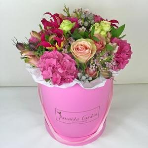 """Цветы """"Fleur"""" в шляпной коробке"""