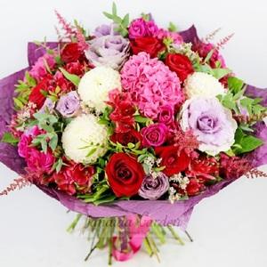"""Букет цветов """"Малиновый всплеск"""""""