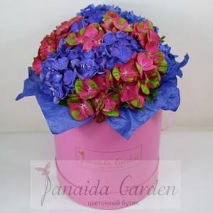"""Цветы """"Фиеста"""" в шляпной коробке"""