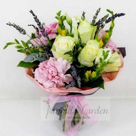 """Букет цветов """"Сюрприз"""""""